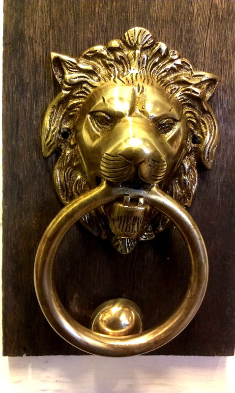Beautiful Antique Style Bronze Door Knocker For Sale In Cochin Kerala India  1 - Beautiful Antique Style Bronze Door Knocker For Sale In Cochin