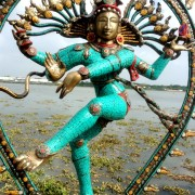 Antique Bronze Shiva Dancing Idol Nataraja Statue With decorative Stone Art Of India For Sale 4