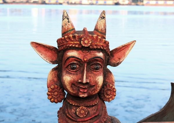 fine-old-wooden-hindu-antiques-from-india-for-sale