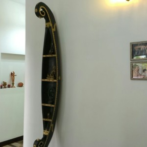 BEAUTIFUL KERALA WOODEN BOAT MADE OF SINGLE LOG OF JACK WOOD FOR SALE
