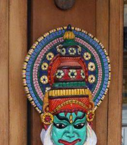 kadakali-mask-wooden
